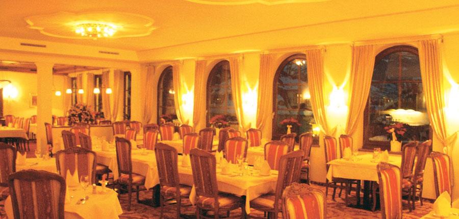 Austria_Zell-am-see_Hotel_Berner_diningroom.jpg
